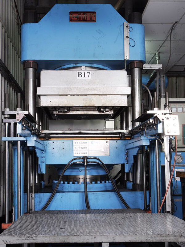 Compression Molding Machine for Rubber Components